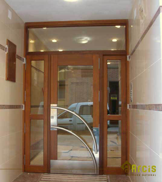 Portales de comunidades arcis soluciones - Portales de madera ...